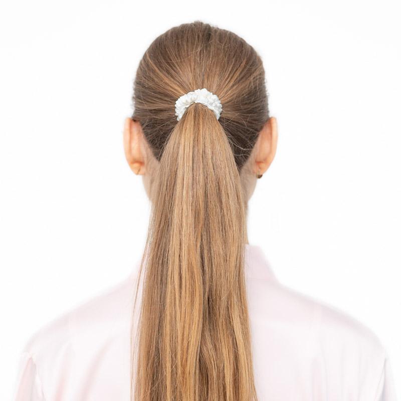 gumicka do vlasov skandinavska biela petite
