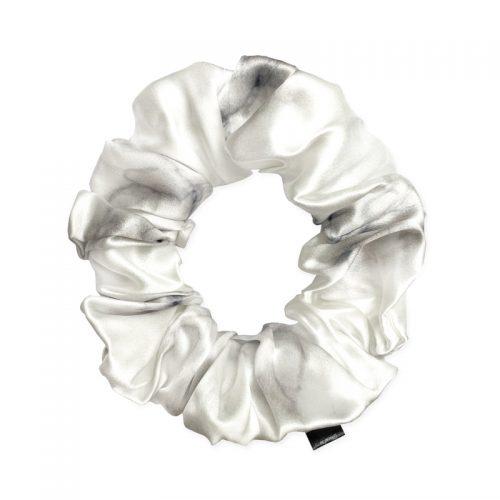 gumička-scrunchie-white-marble maxi