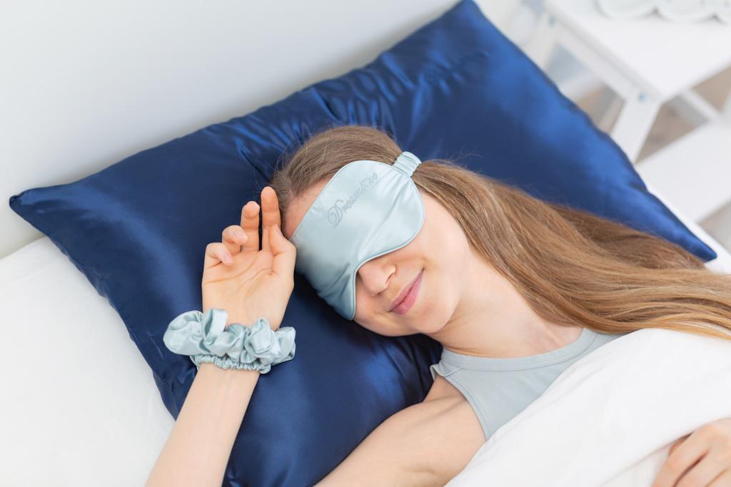 hodvabna maska mint blue