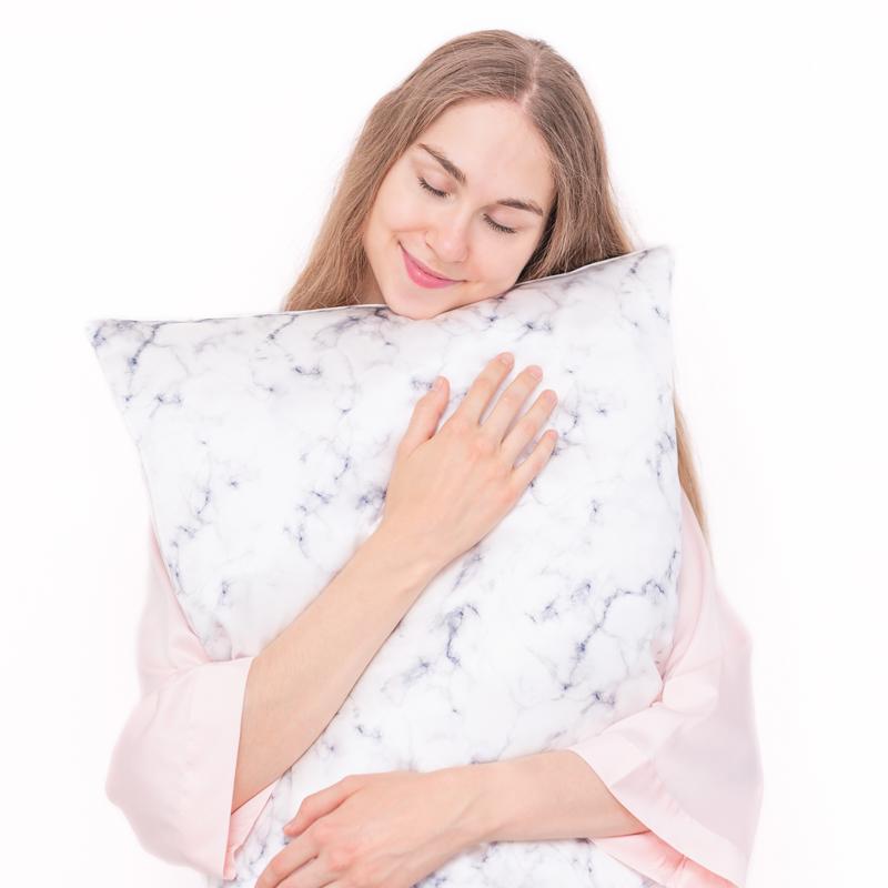 hodvábne obliečky white marble